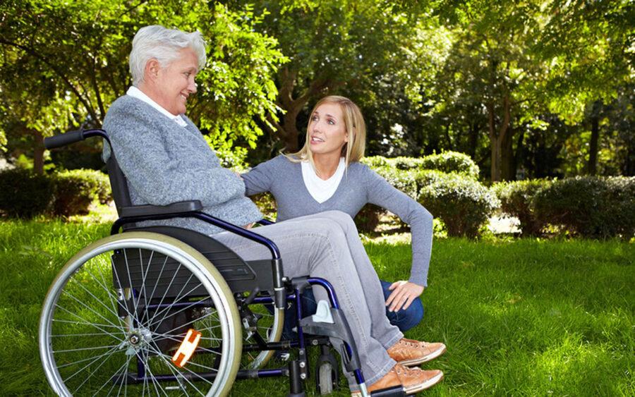 Что изменится в выплатах по уходу за инвалидами 1 группы с 2 марта 2021 года?