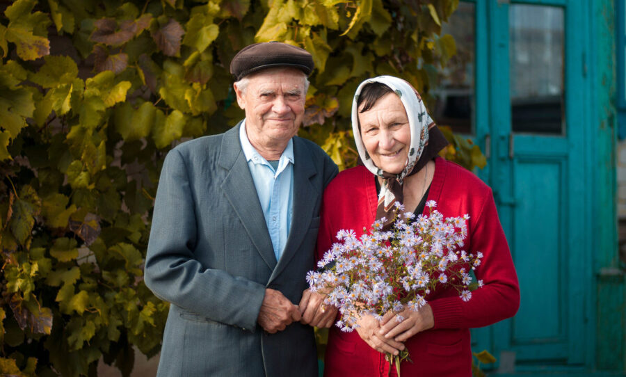По 10000 рублей пенсионерам 1 октября ко Дню пожилых людей: стоит ли ждать?